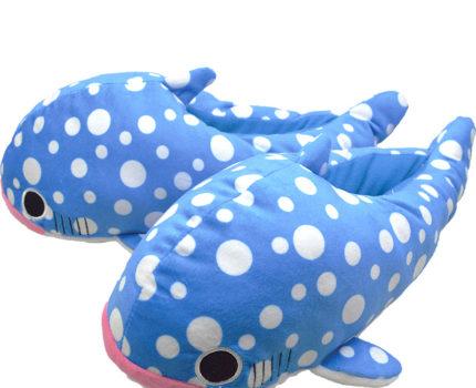 なりきりふかふかルームシューズ:ジンベエザメ